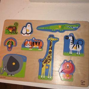 HAPE animal puzzle